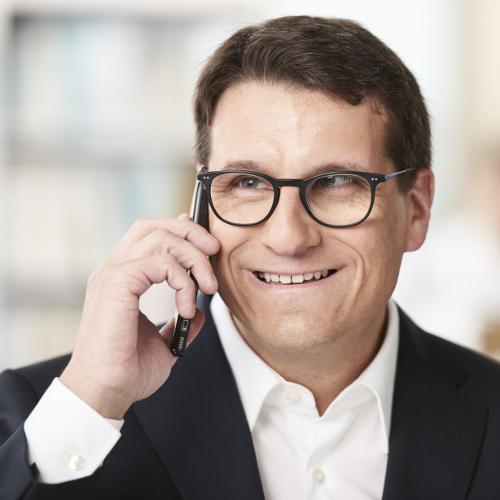 Dr. Oliver Vogt